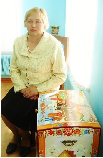 """Мастер В.В. Деревянко на выставке """"Городецкие диковины""""(1)"""